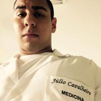 Júlio Cavalheiro - Graduando em Medicina