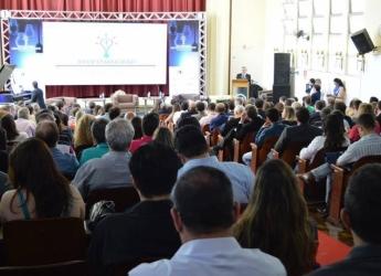 Aluna do Curso de Ciências Contábeis apresenta trabalho no ENANGRAD