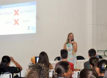 Profª. Wânia ministra palestra no IFMG